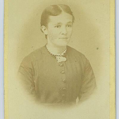 Agnes Margrethe Petersen