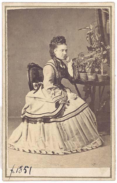 Vilhelimne Henriette Larsen