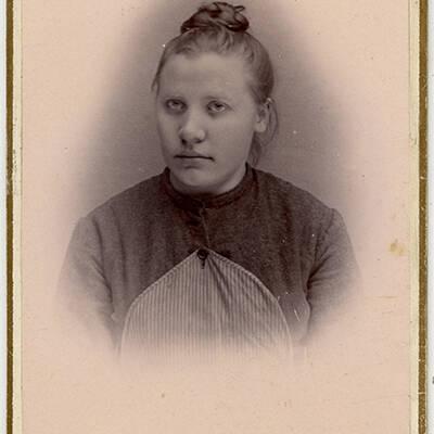 Christine  Iversen